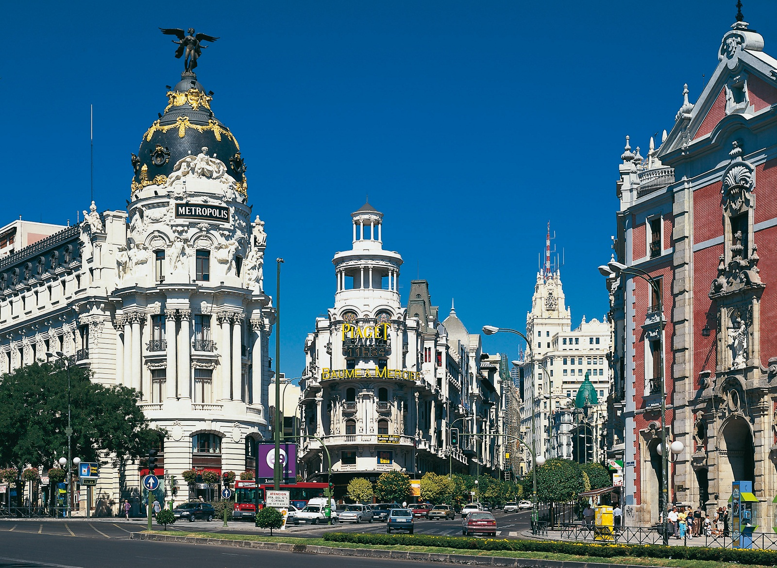 How to Plan a Cheap Spain Holiday