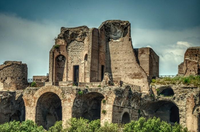italian-building-italy-destroyed